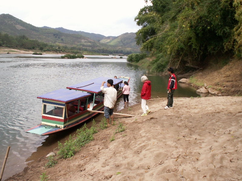 Toiletbesøg foregik på flodbredden.