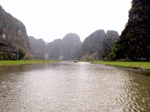 Området omkring Ngo Dong floden, som vi sejlede på, bliver også kaldet Halong på land
